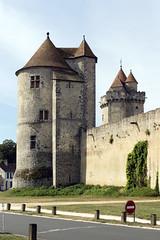 Blandy-les-Tours - Seine-et-Marne (Jacques-BILLAUDEL) Tags: europe france seineetmarne blandylestours castle castillo chteau ledefrance