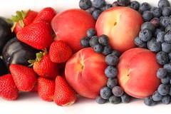 Preserving Summer Fruit ~ (Baking is my Zen) Tags: storingberriesandstonefruit preservingsummerfruit photobycarmenortiz canonrebelt1i fruit stonefruit food dessert bakingismyzen summerfruit