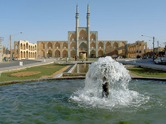 Refreshing silk road public square - Amir Chakhmaq in Yazd, Iran (Germn Vogel) Tags: asia westasia silkroad middleeast middleeastculture muslimculture muslimarchitecture islamicarchitecture islam islamicrepublic iran yazd amirchakhmaq mosque bazar market publicsquare fountain water minaret facade architecture vernaculararchitecture travel traveldestinations traveltourism tourism touristattraction landmark traditional turquoise cityscape city teimurid lively citylife refreshing