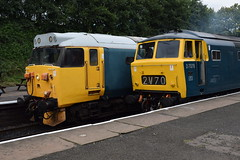 50015 and D7076 at Bury (colin9007) Tags: east lancashire railway diesel gala english electric type 4 class 50 50015 d415 valiant wr hydraulic maybach beyer peacock 35 hymek d7076