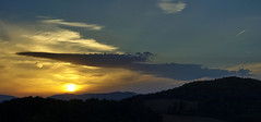 _IGP1023_panorama (polipao) Tags: tramonto sunset nuvola nuvole cloud clouds cielo sky scuro dark sole sun collina hill profilo silouette montefeltro marche estate scia ilobsterit
