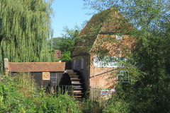IMG_1081 (Martin H. Watson & Alice Laird) Tags: 160911 cobham mill