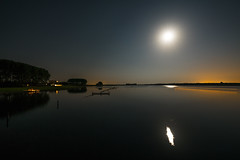 Veersemeer im Mondlicht (frankwinkler1969) Tags: veersemeer kamperland zeeland niederlande holland nordsee oosterschelde meer sony fe163540 nacht mond wasser wow
