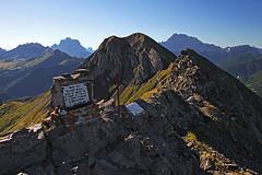 Cima_Sief01 (Vid Pogacnik) Tags: dolomiti dolomites mountain coldilana panorama worldwari outdoor ridge arete landscape rock mountainside