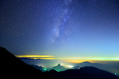 Milky Way (Vincent_Ting) Tags: sunset sky mountain night clouds star glow taiwan trails flare formosa   crepuscularrays startrails                 seaofclous