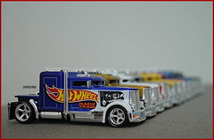 The March Of Hotwheels Convoy Customs (tamahaji) Tags: classic colors beautiful set dof garage rubber larrys hotwheels malaysia convention 164 ho spectra custom convoy complete tyres diecast tamahaji malaydiecasters superflames