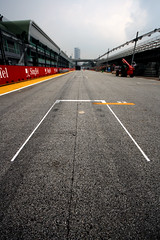 285 - Starting Grid (richfoster20) Tags: travel singapore honeymoon grand f1 grandprix prix photoaday 365 formula1 366 racingtrack project365 startinggrid homestraight project366 singaporegrandprix streetcircuit singaporegp