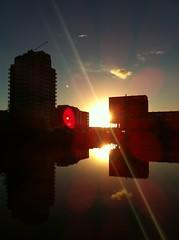 Goodmorning Sunshine (daan079) Tags: sun holland netherlands nederland zoetermeer zon iphone oosterheem daan079