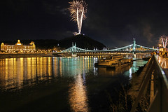 Budapest - the 2011.08.20. national celebration fireworks 10 (Romeodesign) Tags: bridge light mountain colors night reflections river liberty freedom hotel hungary ship fireworks citadel smoke hill crowd budapest bank firework este explosions duna danube szabadsg hd pest gellert donau pyrotechnics tzijtk gettyhungary1