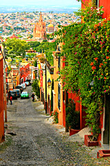 San Miguel de Allende street view (davecurry8) Tags: church mexico alley view iglesia sanmigueldeallende vista parroquia callejon