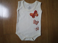 Body Borboleta (Cecilia Marques - Ki Cuti Patch and Fun) Tags: body borboleta beb patchwork camiseta roupa patchaplique
