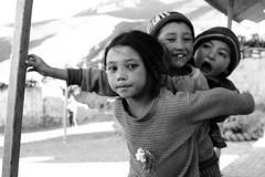 Un Jour... pour toujours! (thomas@photo) Tags: voyage trip india smile trek canon children eos happiness zanskar enfant sourire joie ladakh inde heureux 550d