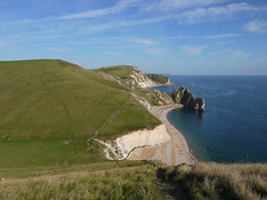 Durdle Door in the Landscape (Worthing Wanderer) Tags: summer sunny september dorset limestone clifftop durdledoor jurassiccoast southwestcoastpath