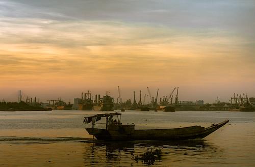 blue red sky water sunrise boats boat asia sailing vietnam flickraward