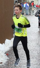 Victor 4 (Cavabienmerci) Tags: boy sports boys sport kids race de schweiz switzerland kid à suisse running run noel course runners pied sion 2012 laufen läufer lauf sitten coureur coureurs titzé