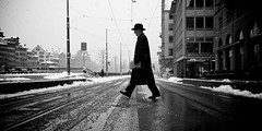(Thomas Leuthard) Tags: street streets four photography schweiz switzerland downtown thomas candid zurich streetphotography 85mm going olympus best hauptbahnhof micro third zrich omd streeter mft leuthard strassenfotografie thomasleuthard olympusomd wwwthomasleuthardcom