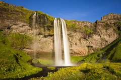Seljalandsfoss in Iceland (agustago) Tags: 2016 agusta agustagudrun agustagudrunolafsdottir agustaphotocom candid iceland markii agustago agustagudrunphotography canon sland waterfall seljalandsfoss eveningsun beautiful foss kvldsl sumar summer green yellow blue nature travel traveling exposurephotography longexposure light sun agustaphotography photograph photo southcoastoficeland south coast river hike hiking beautufuliceland icelandicnature iloveiceland ilovemycountry extreemiceland ilovetotravel photographer photography wondersofnature icelandnaturaly waterfalliniceland seljalandsfossiniceland eyjafjallajkull july jl