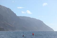sup (1600 Squirrels) Tags: 1600squirrels photo 5dii lenstagged canon24105f4 napali coast pacific ocean northshore kauai kauaicounty hawaii usa standup paddleboarding cliff pali landscape
