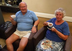 PJ & FJ White Hart Afternoon Tea (pj's memories) Tags: tea afternoontea shorts mensshorts fan