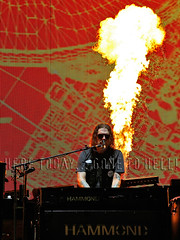 dizzy_orlando160729 (gnrtour) Tags: notinthislifetime northamerica usa july 2016 july292016 orlandofl orlando campingworldstadium dizzyreed pyro flame keyboards gnr gr gnfnr gnfnrs gunsnroses