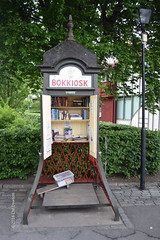 Book Kiosk - mini-library in Sigtuna (Christopher M Dawson) Tags: library kiosk book viking baltic scandinavia homelands travel international foreign tourism adventure history scenery art architecture europe 2016cmdawson nikon sweden sigtuna town village old small quaint lake