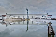 (rienschrier) Tags: damen zeeland vlissingen water spiegel jacht boten reflexi reflexion ships