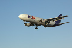 """FedEx """"Grace"""" Airbus A300 arrives Los Angeles (KLAX) (aguayo) Tags: california usa flying losangeles airport october unitedstates jet gear down grace landing final american airbus 28 lax approach fedex 2012 flaps 744 a300 canon70200mmf28is canon5dii n744fd"""