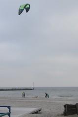 Kitesurfen in Damp (1084) (Chironius) Tags: germany deutschland balticsea alemania allemagne ostsee germania damp itmeri schleswigholstein stersjn ogie pomie baltijosjra morzebatyckie niemcy stersen  stersjen  baltijasjra  baltischesmeer pomienie  lnemere szlezwigholsztyn