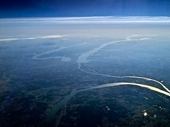 from 37,000 feet (vistavision) Tags: kentucky aerial tennesseeriver cumberlandriver kentuckylake landbetweenthelakes lakebarkley calvertcity