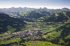 gstaad (Dennis_F) Tags: panorama ski mountains alps schweiz switzerland dorf view swiss berge valley area bern hotels alpen aussicht saanenland gstaad saanen skigebiet wasserngrat gstaadpalace
