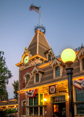 "Disneyland Railroad Station • <a style=""font-size:0.8em;"" href=""http://www.flickr.com/photos/85864407@N08/8253556152/"" target=""_blank"">View on Flickr</a>"
