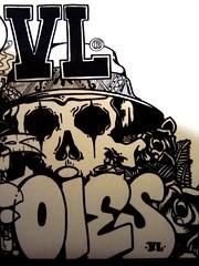 DSC03811 (Ois !!! Vira Lata Gang .) Tags: street zine art graffiti sticker o top stickers gang vandal vandalism rua bomb bombing throwup viralata vandalismo oies vl trumps viralatagang graffiticuritiba ois