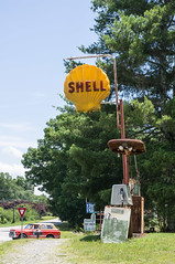 Shell (jwcjr) Tags: shell shellsign sign abandonedgasstation whitecounty whitecountyga