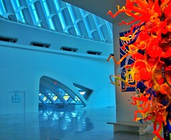Milwaukee WI ~ Milwaukee Art Museum  ~  Architecture ~   Entrance Chihuly (Onasill ~ Bill Badzo) Tags: milwaukee wisconsin wi mam milwaukeeartmuseum art museum attraction site tours must see tourist travel architecture unusual unique quadracci pavilion style spanish architect santiago calatrava structure award building engineering structural onasill interior lake michigan park gallery atrium chihuly