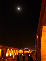 Isfahan at night (Si-o-Seh Pol, the bridge of 33 arches) (Felix Krohn) Tags: isfahan esfahan iran 2016