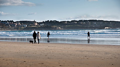 Playa en invierno (Sheispl) Tags: winter beach waves walk playa paseo invierno olas lalanzada