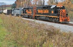 WE643, Johnston Road. (W&LE45) Tags: railroad train trains rook westland railroads southview sd402 tankcars sd40 gp40 sd403 gp35 wle rookyard wheelinglakeerie wheelinglakeerierailway rooksubdivision westlandbranch