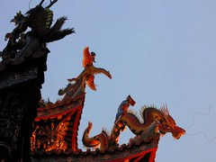 Dragon & Phoenix (tom_2014) Tags: old sculpture art history phoenix statue architecture roc temple pagoda ancient colorful asia dragon decorative religion chinese decoration taiwan taipei taiwanese taoist taoism eastasia chineseart guandu mythological religiousarchitecture guandutemple