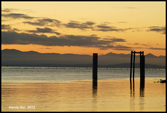 Looking For A Great Sunset In Richmond - Garry Point 8966e (Harris Hui (in search of light)) Tags: sunset sky canada vancouver clouds landscape colours fuji bc sundown calm richmond simplicity fujifilm simple mundane hdr telephotolens calmness lastlight garrypointpark s3pro garrypoint noluck straightfromthecamera tonemapping fujis3pro nikon70300mm beautyinthemundane digitaldarkroomtechniques harrishui vancouverdslrshooter claytonperry oldfashionedphotographer thebestsunsetsinrichmondarecapturedbyclaytonperry lockedintheroomcalledfilmage