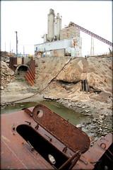 USS Inaugural (12.1.12) (Akita*314) Tags: mississippiriver minesweeper downtownstlouis ilson sunkenships wwiiships edbox ratfag ussinaugural
