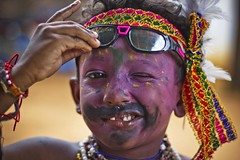 ;) (Kals Pics) Tags: portrait india cute history colors smile festival canon happy 50mm kid goggles expressions culture makeup happiness tradition cuteness legend mythology myth tamilnadu dushera dasara villagepeople dussehra cwc villagelife rurallife coolers ruralindia colorsofindia indianvillages 550d udangudi ruralpeople dhasara villagephotography kulasekharapatnam kalspics chennaiweelendclickers udankudi lordmutharamman