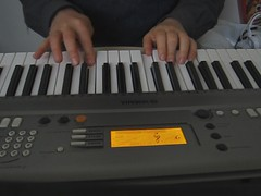 Greensleeves (sameold2010) Tags: music video keyboard song piano yamaha vid greensleeves ypt310