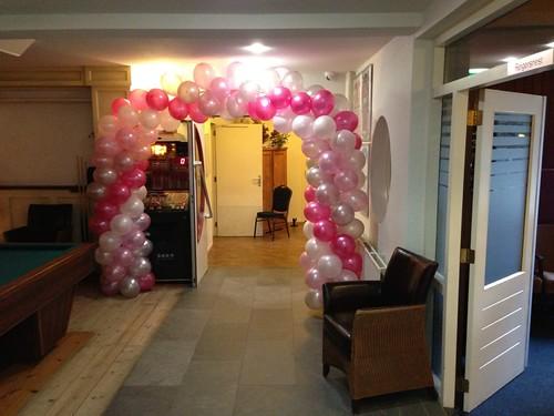 Ballonboog 6m Bruidsbeurs Trouwen en Zo Wapen van Marion Oostvoorne