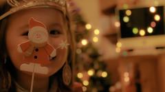 Bokeh Pose! (susivinh) Tags: christmas girl smile navidad snowman holidays dof bokeh daughter nia sonrisa prop hija muecodenieve
