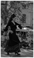CREAVUE-ARLES. (thierrymuller) Tags: art arles artiste elpadrepicture thierrymuller photo photographie portrait d610 danse france french frenchtouch flamenco musique music mamanano monochrome mditrrane camargue nikonpassion nikon noiretblanc bw blackwhite lady femme woman