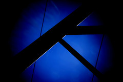 A For Abstract (gripspix (Catching up!)) Tags: 20160807 gittermast latticemast sun sonne lensflares processed holgalensforcanon plastiklinse badlens vignettierung