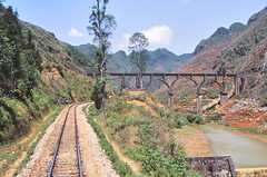 China - Yunnan - A rough countryside (railasia) Tags: china yunnan cnr metergauge infra alignment track aquaduct landscapeview 2002