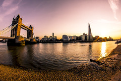 Sunset over London (Domenico Cirillo) Tags: desdomos london londra londres summer 2016 sunset september towerbridge londonbridge thegherkin theshard thames canon eos 600d t3i fisheye 8mm sun