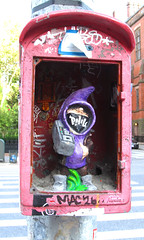 MAC 26 (MKP-0508) Tags: nyc newyork usa unitedstates street strase rue 9thavenue figur gnom