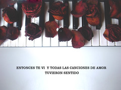 * P I A N O * (melyescamilla1) Tags: roses red flowers love lovely piano music frase quote amor inlove passion sensual elegant